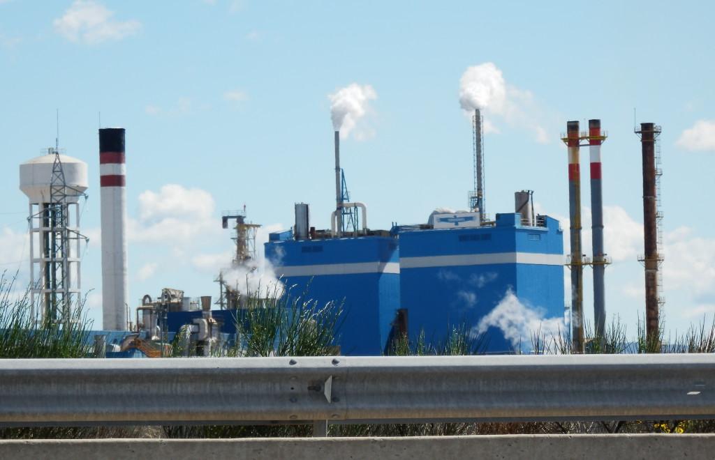 El Defensor del Pueblo actuará de oficio ante Zaragoza por la contaminación atmosférica