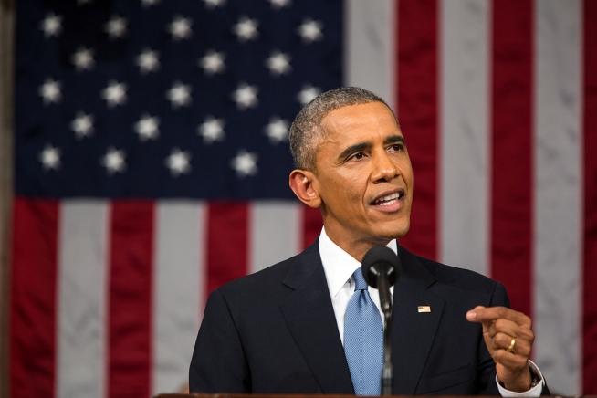 Barack Obama se despide arrojando leña al fuego