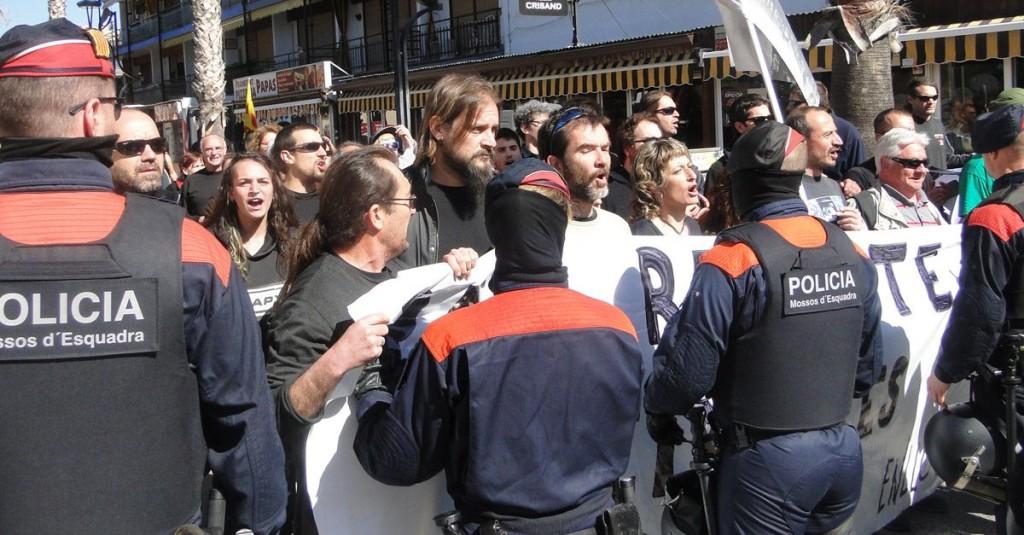 Encausados cuatro antifascistas por manifestarse contra la creación de la federación de extrema derecha Respeto