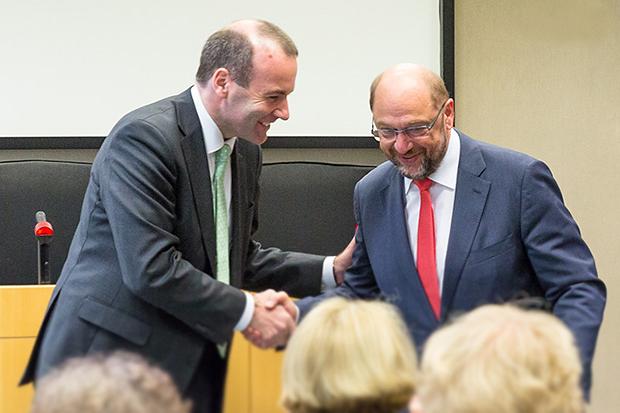 El reparto de puestos de responsabilidad entre Socialdemocrátas y Populares europeos se firmó a principio de legislatura