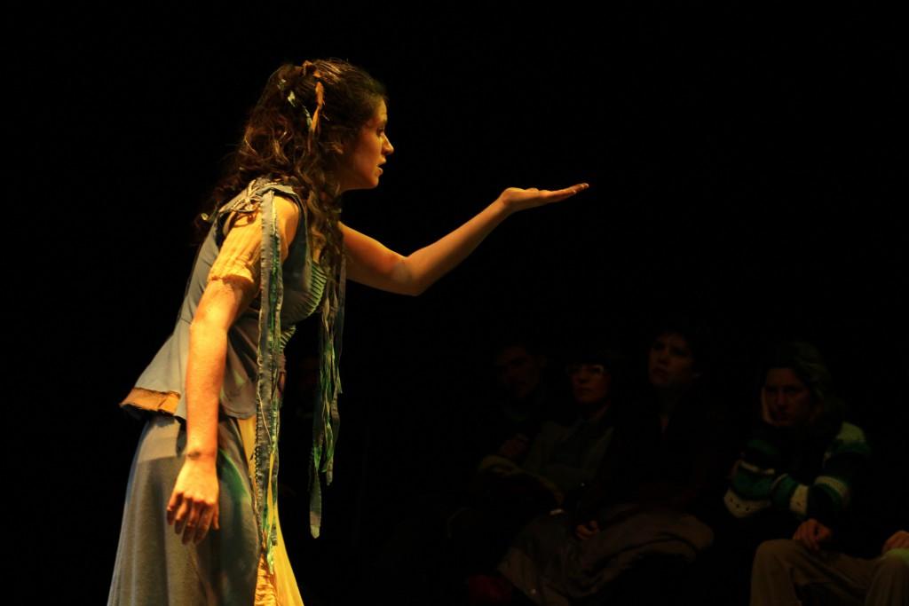 La sensibilidad poética de Carina Resnisky llega al Teatro de la Estación