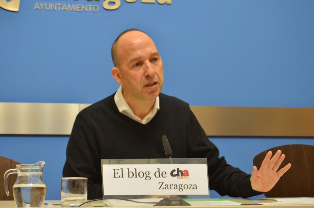 """Carmelo Asensio rechaza la """"casi nula"""" inversión del Estado español en Zaragoza y Aragón"""