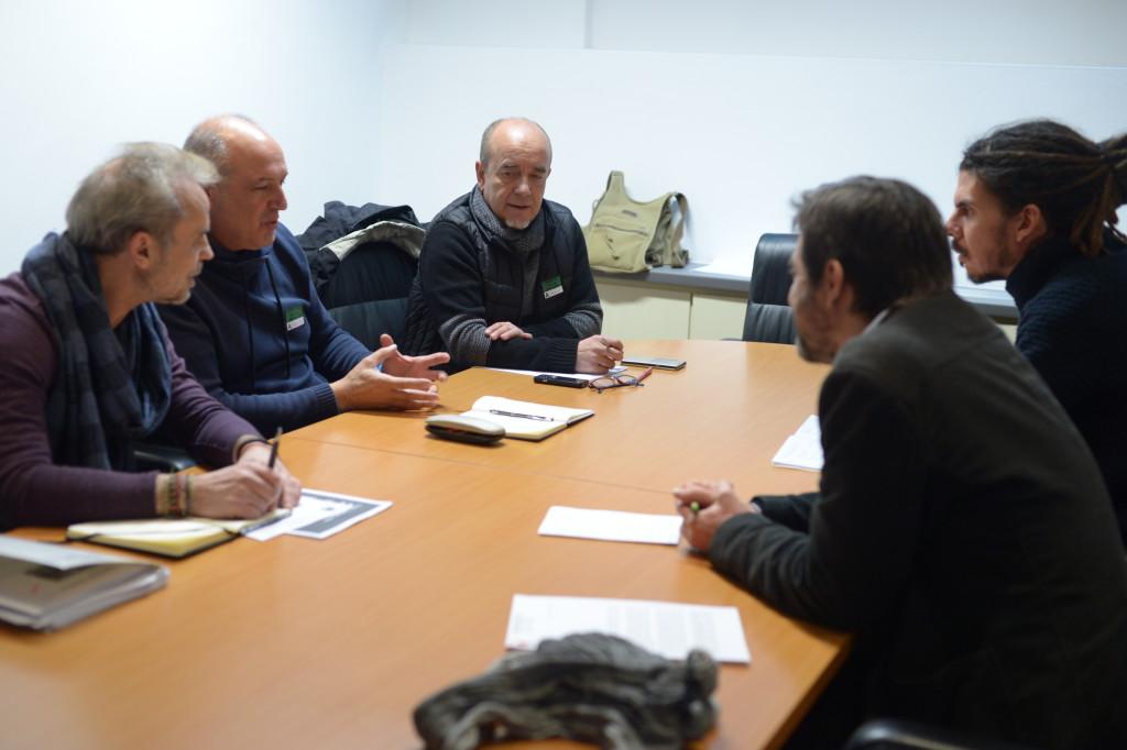 Representantes de CGT y Podemos en el Congreso de los Diputados.