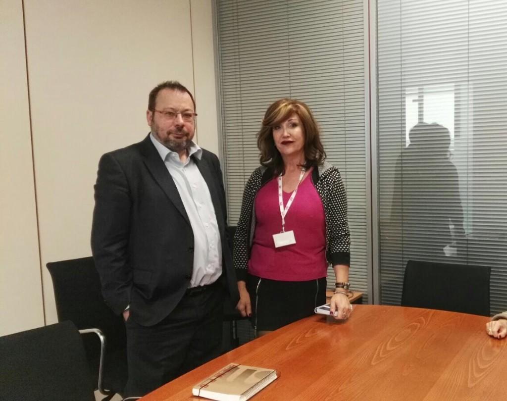 PladeTrans se reúne con Sanidad para solicitar garantías de suministro y financiación de los medicamentos hormonales