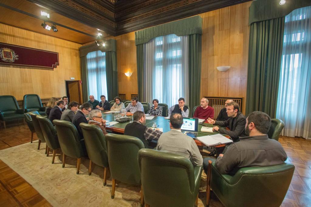 """La FABZ considera """"muy escaso y limitado"""" el proceso participativo para la aprobación del PMUS de Zaragoza"""