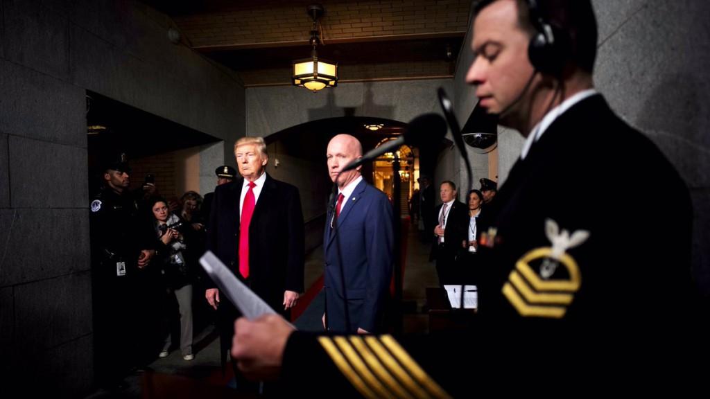Donald Trump se convierte en presidente de los EEUU entre protestas ciudadanas