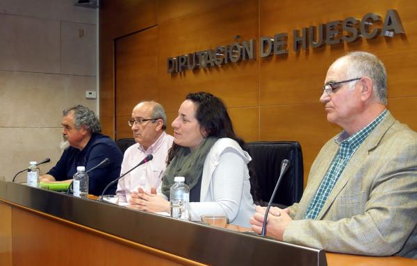 De Santos, Torralba, durante la rueda de prensa de este viernes.