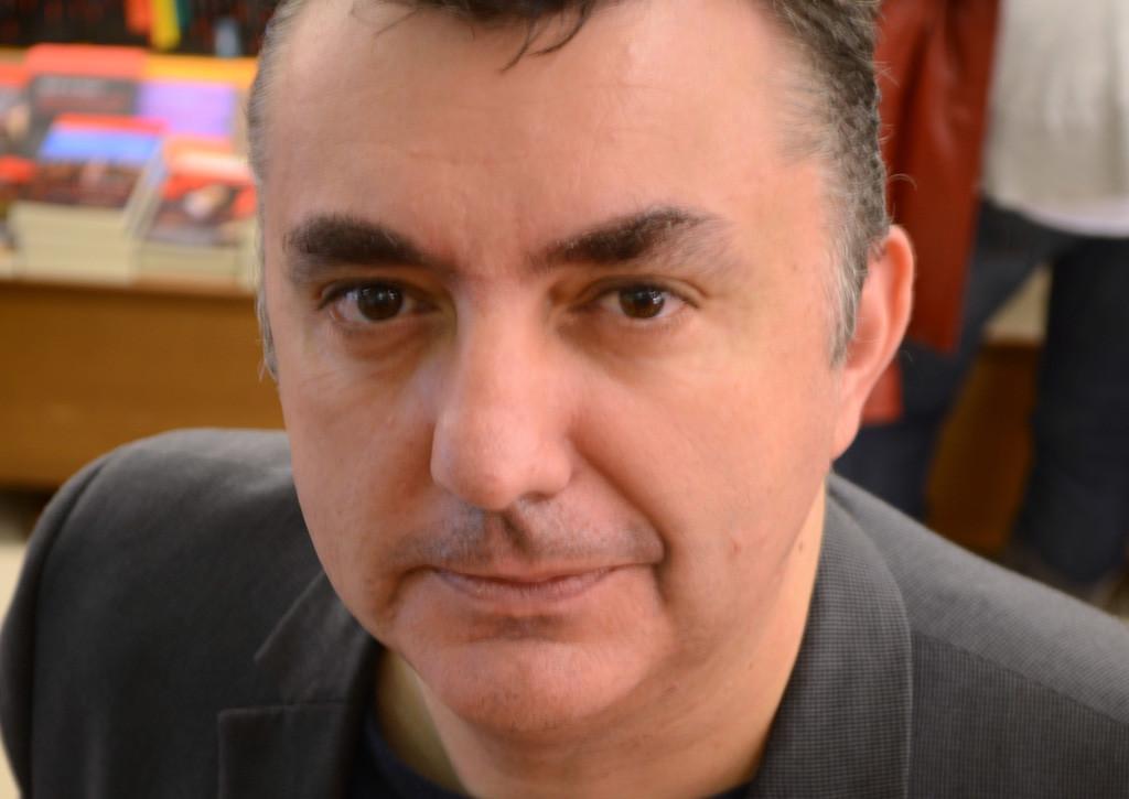 """Manuel Vilas presenta su libro """"América"""" en el ciclo """"Vidas y Rutas"""""""