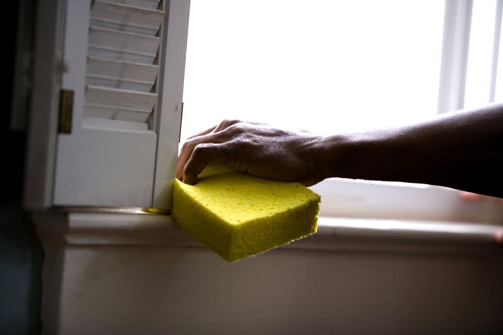 Los PGE pasan de 2019 a 2024 el límite para que el trabajo del hogar se adapte al Régimen General