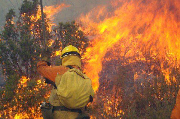 CCOO define de «low cost» el servicio contra incendios forestales