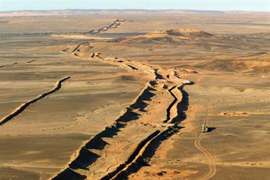 El muro marroquí en el Sáhara Occidental, un obstáculo para la paz