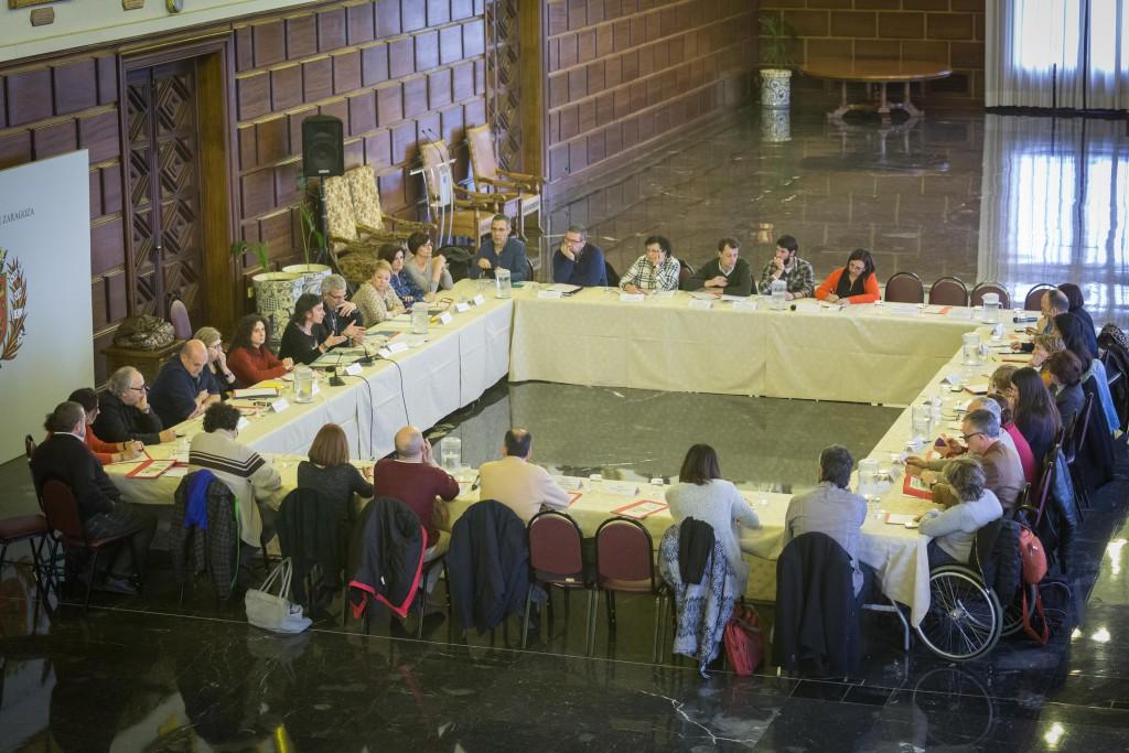 El Ayuntamiento de Zaragoza convoca por primera vez de forma anticipada las subvenciones de Acción Social