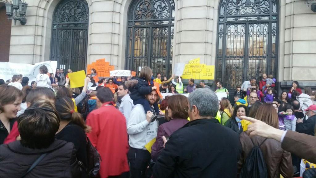 Podemos critica al PSOE la defensa a la educación concertada