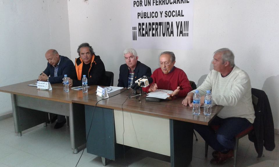 """La Coordinadora por la Reapertura del Ferrocarril Canfranc Olorón asegura que """"un tren sin paradas no tiene sentido"""""""