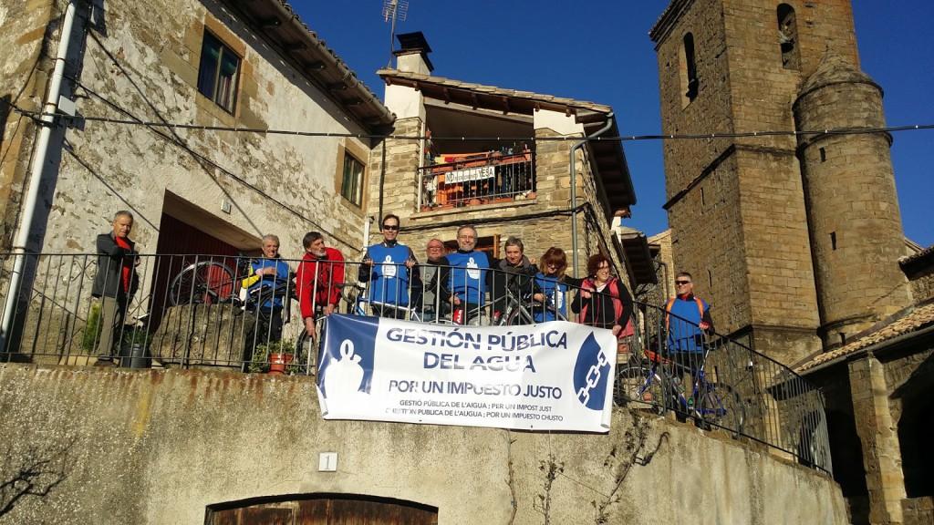 La Caravana por el Agua Pública llega a Canfranc desde Artieda