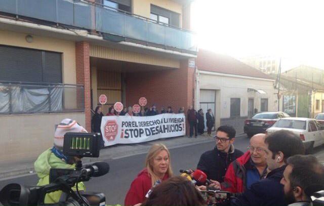 El Juzgado de lo Penal número 3 de Zaragoza suspende el desalojo de las viviendas de Santa Isabel