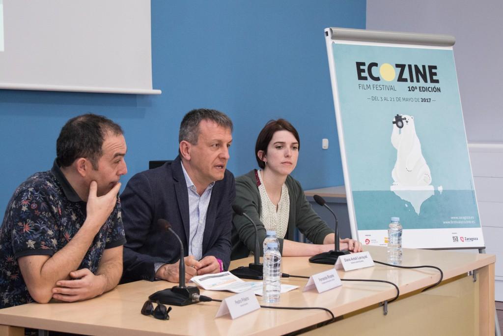 'Cine Polar' es el título del cartel ganador de la décima edición del Festival Ecozine