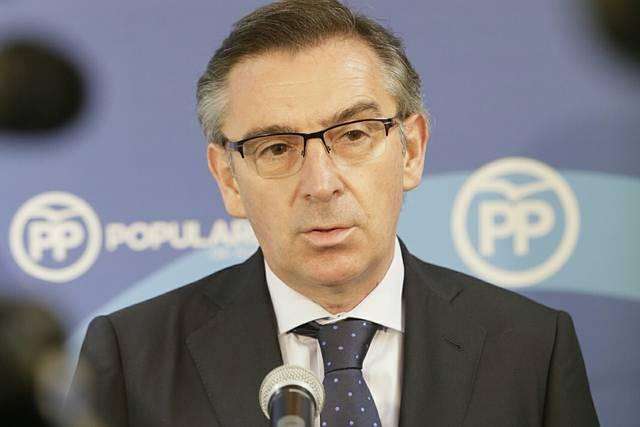 Luis María Beamonte sustituye a Luisa Fernanda Rudi en la presidencia del PP de Aragón
