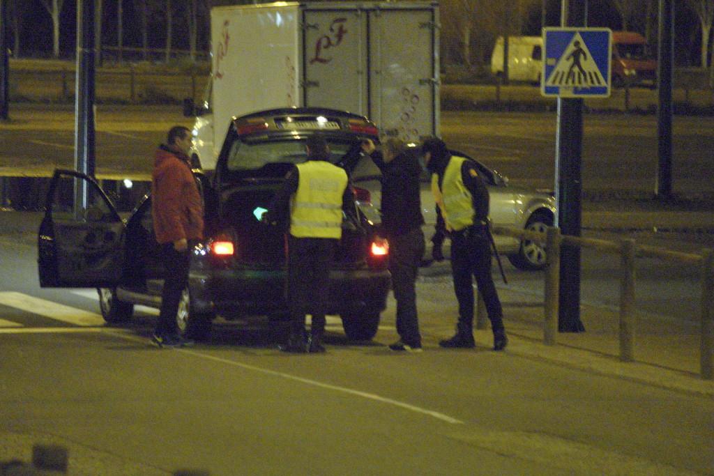 La policía local de Zaragoza actúa contra el rastro nocturno
