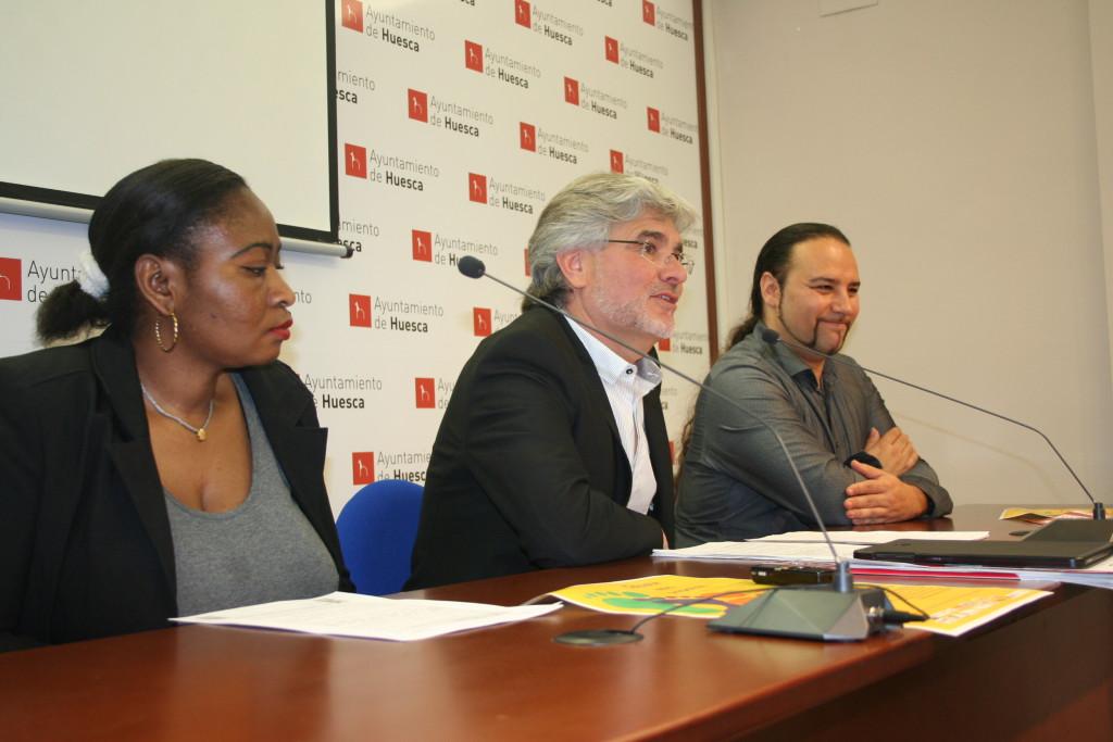El Ayuntamiento de Uesca conmemora el Día Internacional por la Eliminación de las Barreras Raciales