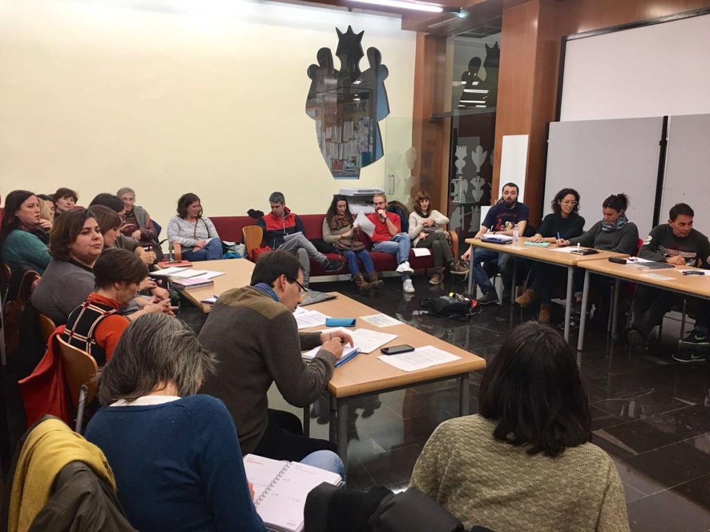 La juventud de Zaragoza expone su arte feminista en la feria 'YgualArte'