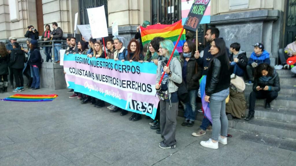 Concentración en Zaragoza de la Plataforma 28J. Foto: @arainfonoticias