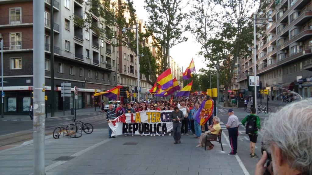 Una manifestación en Zaragoza reclama la III República