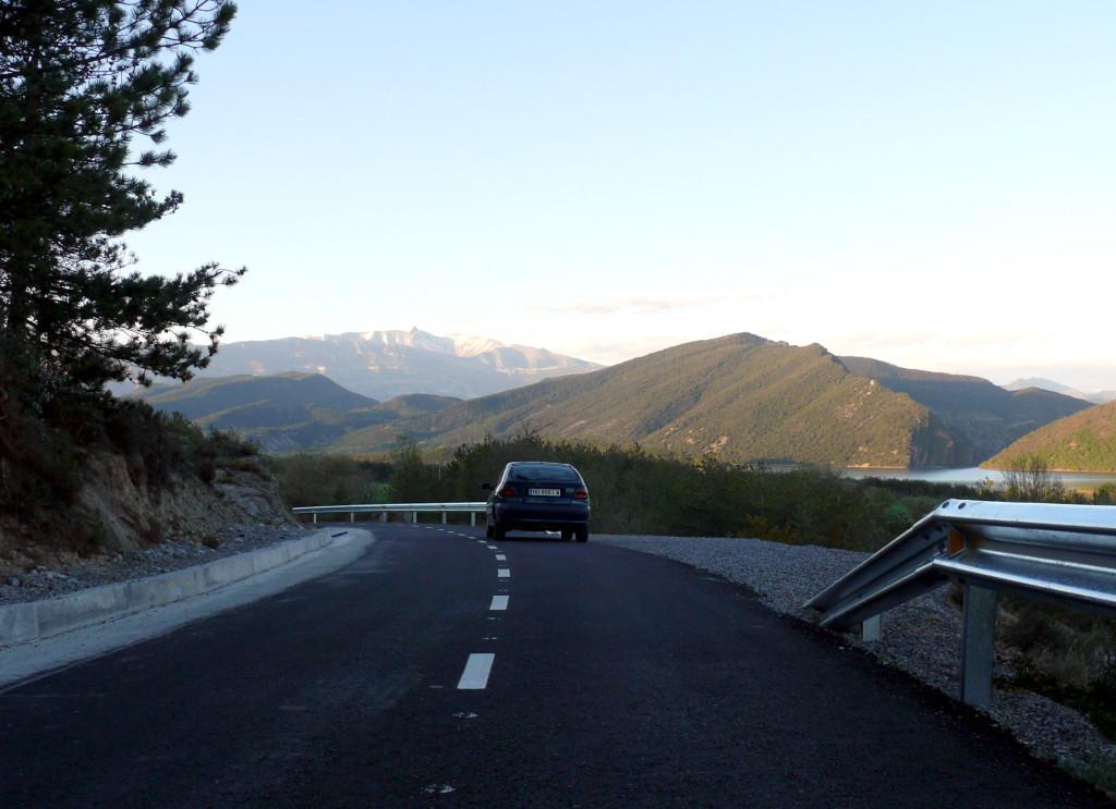 Finaliza la reforma integral del acceso viario a Castejón de Sobrarbe