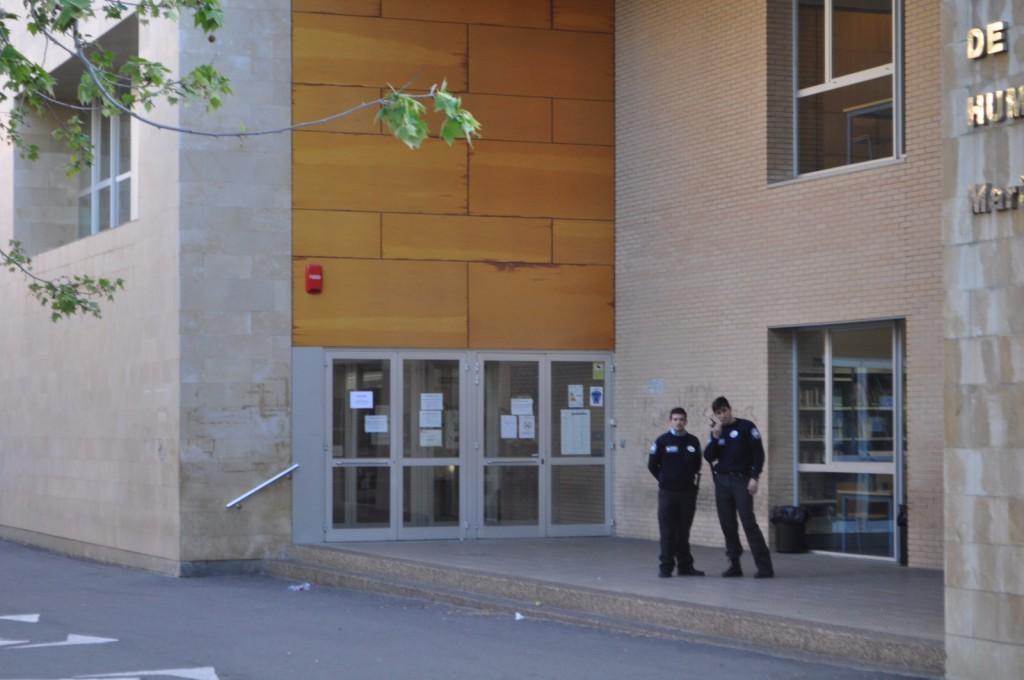 La Universidad de Zaragoza responde a las reivindicaciones estudiantiles cerrando las bibliotecas