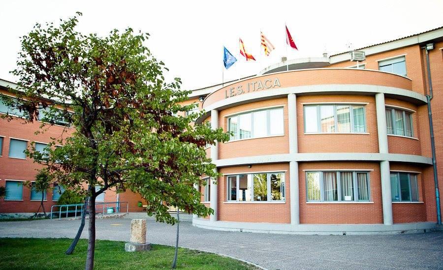 El alumnado del IES Ítaca de Zaragoza crea un concurso para ayudar a las ONG