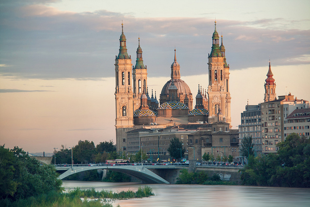 Zaragoza en Común celebra las primeras jornadas de trabajo sobre 'La ciudad de los cuidados'