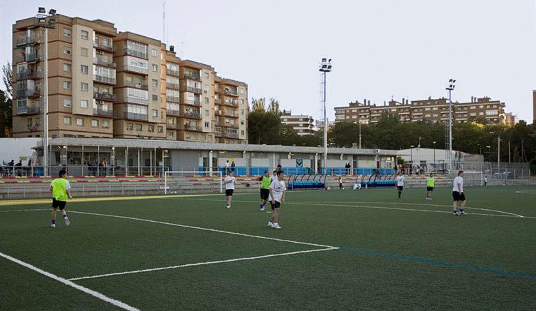 Ayuntamiento de Zaragoza y clubes acercan posturas para poner fin al caos en la gestión de los campos de fútbol
