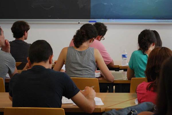 CGT ve con buenos ojos la oferta de plazas para las oposiciones docentes de 2019 pero exige cambios en el proceso