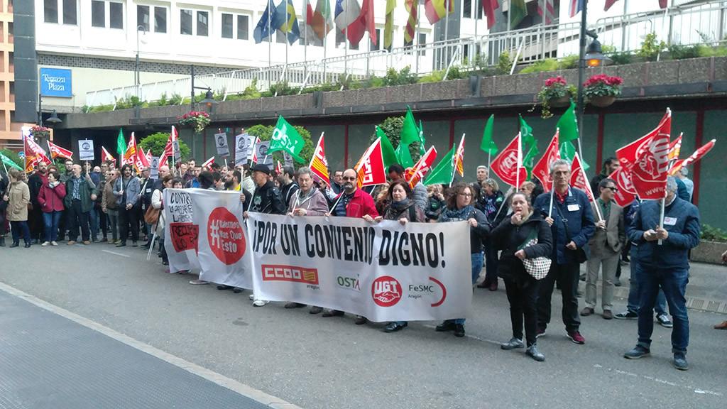 Las y los trabajadores de la hostelería zaragozana se manifiestan por un convenio colectivo digno