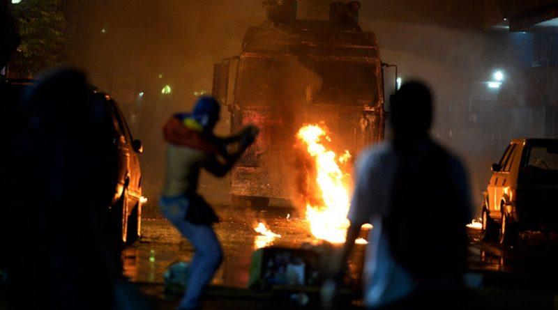 La derecha venezolana apela a la violencia tras su fracaso