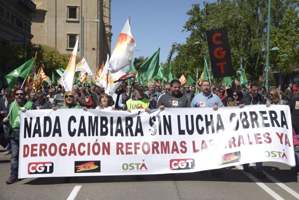Miles de personas en Aragón claman por la defensa de los derechos de los y las trabajadoras