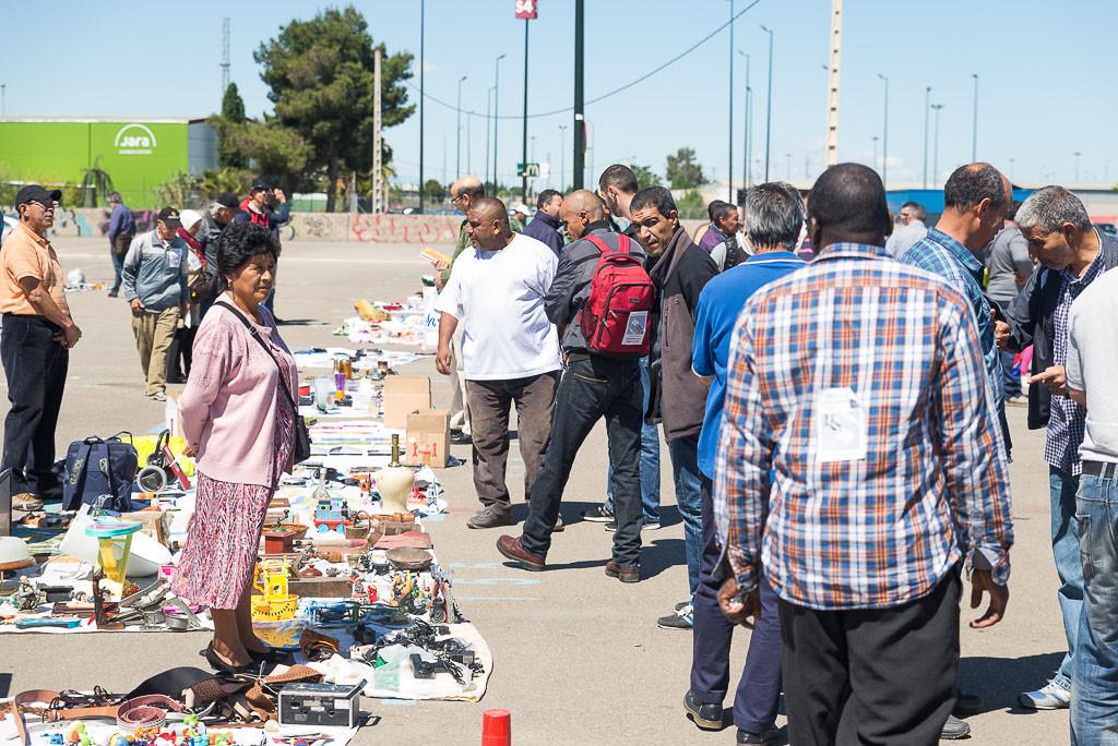 Alrededor de una veintena de colectivos y entidades zaragozanas apoya el cambio de ubicación del Mercado Ambulante de L'Almozara