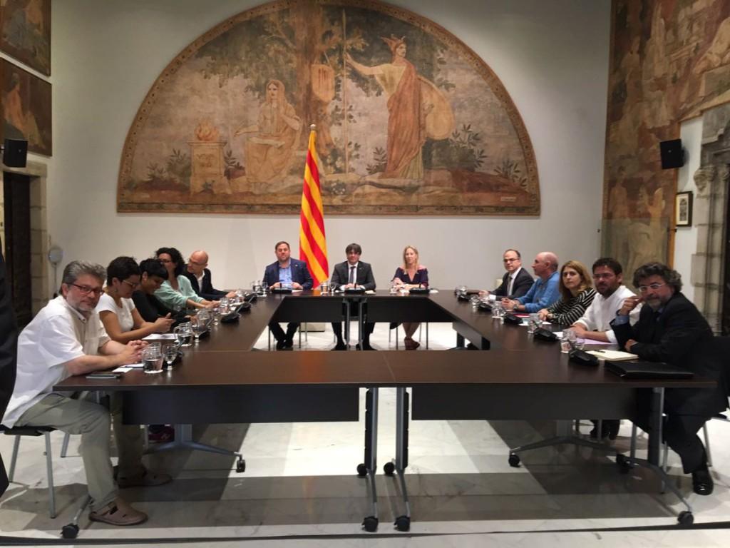 """Puigdemont dispuesto a convocar el referéndum tras """"la negativa"""" del Gobierno español al diálogo"""