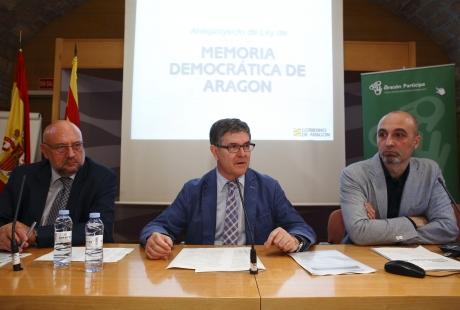 El Gobierno de Aragón abre el debate para mejorar la Ley de Memoria Democrática