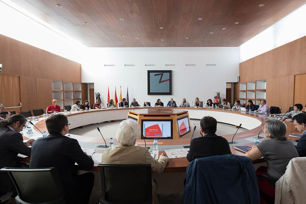Una veintena de ciudades analizan en Zaragoza la importancia del apoyo local al comercio de proximidad