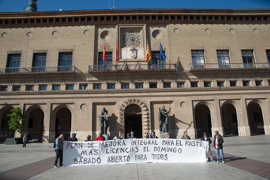 La Plataforma de Apoyo al Rastro y Venta Ambulante convoca una concentración para reivindicar un espacio de venta para la ciudadanía