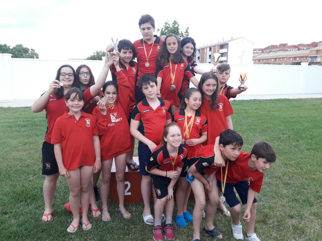 Stadium Venecia arrasa en las finales de los Juegos Escolares de Salvamento Deportivo