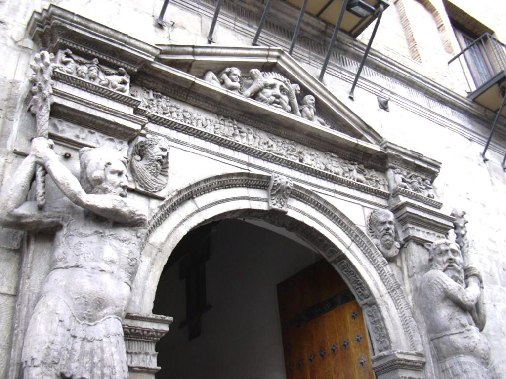 Zaragoza cuenta a instancias del Gobierno de Aragón con tres jueces para resolver litigios de cláusulas suelo