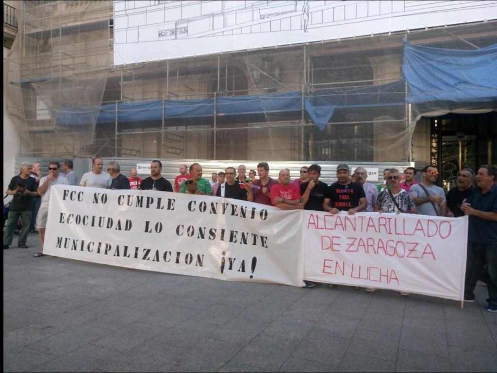 Continúan los paros parciales de la plantilla de Alcantarillado de Zaragoza