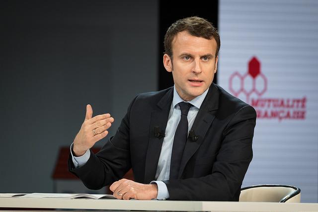 Los partidos de izquierda anuncian una moción de censura contra el Gobierno de Macron
