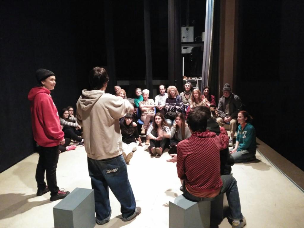"""Teatro To lleva a escena en Uesca """"Yo, vosotros y ella"""" a beneficio de las personas refugiadas"""