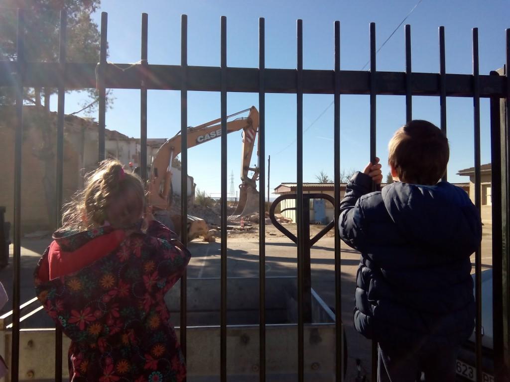 Comienzan a retrasarse los plazos para la construcción de los colegios en Aragón