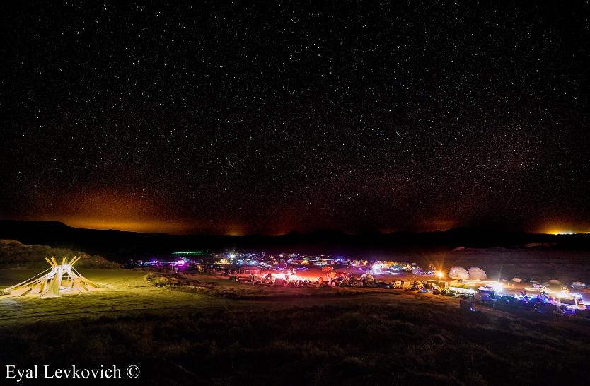 Nowhere Festival: Un no-lugar donde todo es posible, menos vencer al polvo