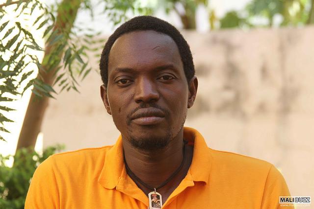 IU Aragón participa en el encuentro con Ras Bath, activista opositor al régimen de Mali