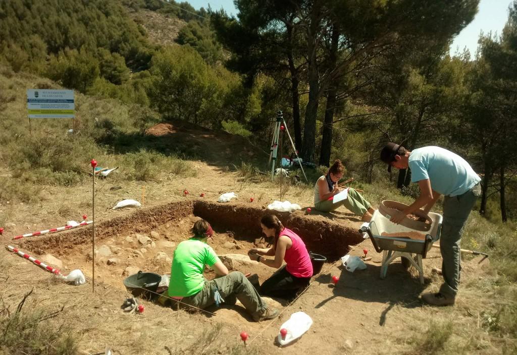 Descubren un poblado de 2600 años de antigüedad en el Castillo de Los Fayos